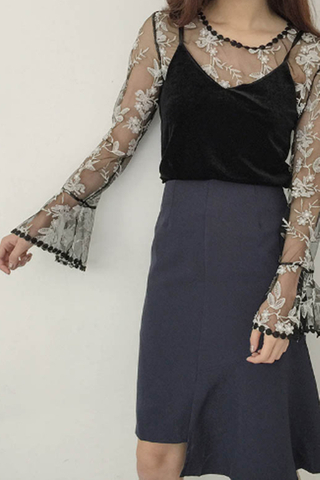 INSTOCK - Aiden Floral Bell sleeve Top