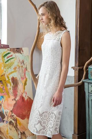 INSTOCK - Ilse Floral Crochet Dress