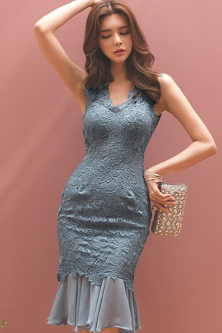 BACKORDER - Qlinda V-Neck Crochet Ruffle Hem Dress