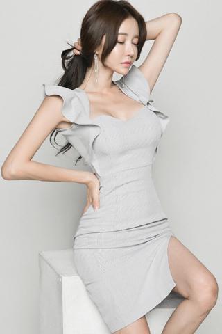 BACKORDER - Alfiska Ruffle Sleeve Plaid Slit Dress