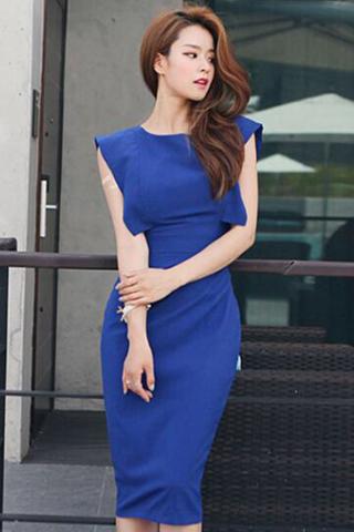 INSTOCK - Olverina Cut Out V Back Dress In Blue