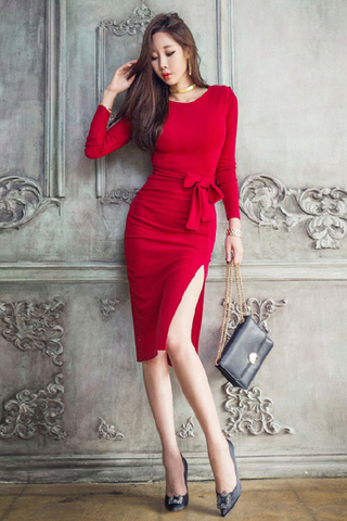 INSTOCK - Valerin Sleeve Side Cut Out Dress In Red