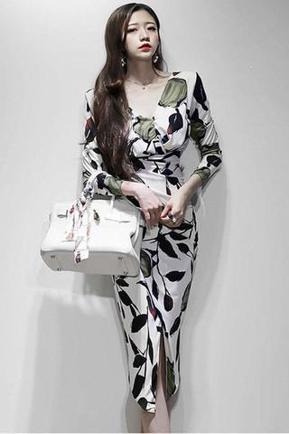BACKORDER - Fyran Printed V-Neck Ruched Dress