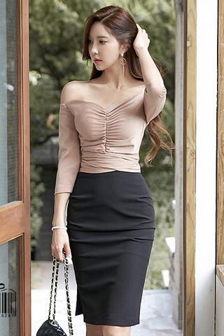 INSTOCK - Pelris Off shoulder Gathered Top With Skirt Set