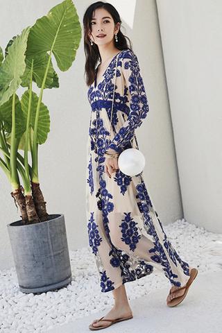 BACKORDER - Ashrine V-Neck Embroidery Dress In Blue