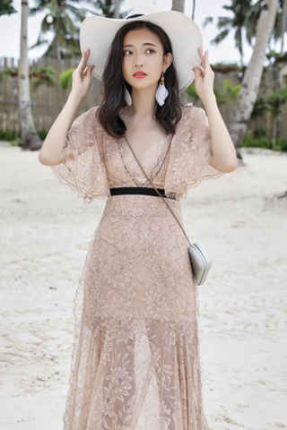 INSTOCK - Elayna Floral Lace Batwing Dress