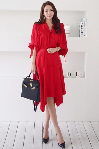 BACKORDER - Alscae Sleeve Ribbon Tie Dress In Red