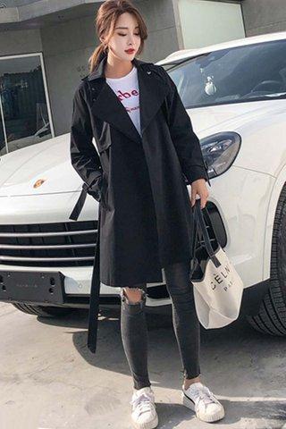 BACKORDER - Trammy Sleeve Outerwear In Black