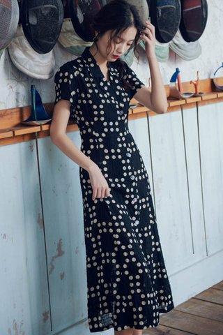 BACKORDER - Elanna Collar Side Tie Dress In Black