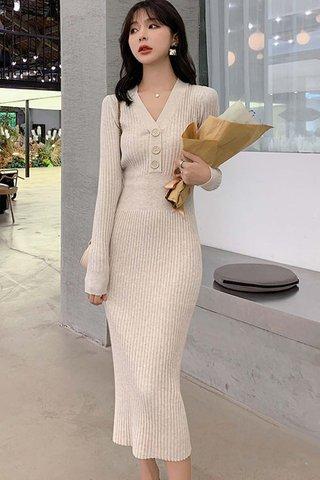 BACKORDER - Jeslyn Sleeve Knit Buttoned Dress In Cream