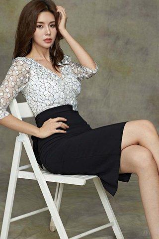 INSTOCK - Maysha Sleeve Mesh Midi Dress
