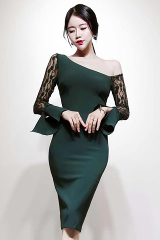 BACKORDER - Jayla One Shoulder Lace Sleeve Dress in Green