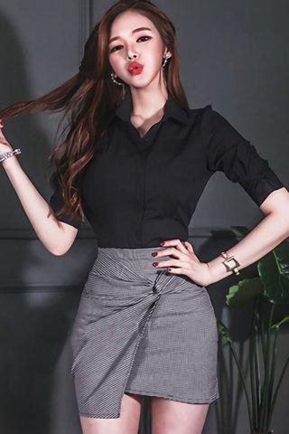 BACKORDER - Talyor Shirt With Plaid Skirt Set