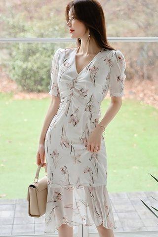 INSTOCK - Dancy Floral Mesh Ruched Dress