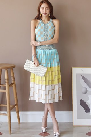 BACKORDER - Linson Printed Pleated Dress