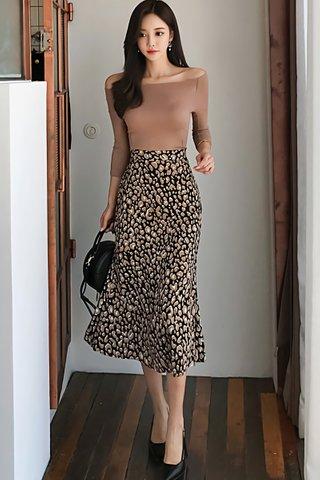 BACKORDER - Sahona Off Shoulder Sleeve Top With Skirt Set