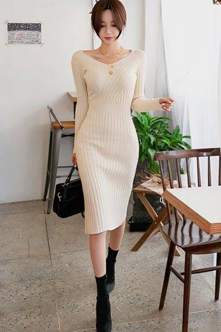 BACKORDER - Ivrah Knit Sleeve Dress