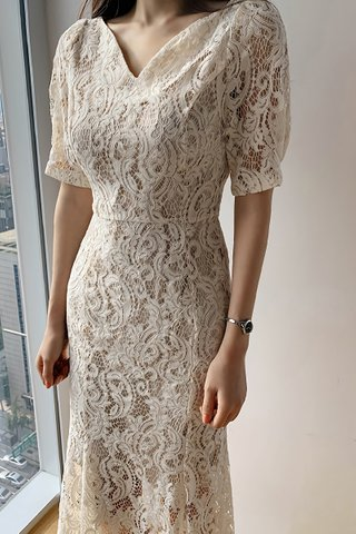 BACKORDER - Josay V-Neck Overlay Lace Dress In Cream