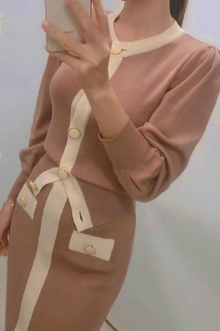 BACKORDER - Shavon Sleeve Knit Top With Skirt Set In Dusty Pink