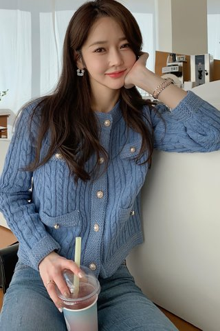 BACKORDER - Weilina Sleeve Knit Top Outerwear In Sky Blue