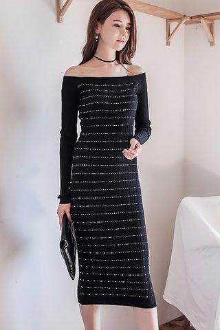 BACKORDER - Zovy Cold Shoulder Sleeve Knit Dress In Black