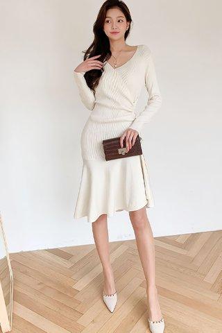 BACKORDER - Elise Sleeve Knit Ruched Dress In Cream