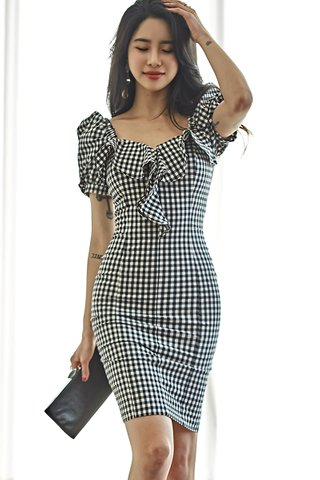 BACKORDER - Luna Gingham Ruffle Two Way Dress In Black