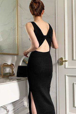 BACKORDER - Pamela Back Twist Knit Dress In Black