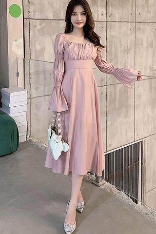 BACKORDER - Ellura Puff Sleeve Dress