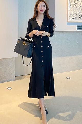 BACKORDER - Nalice Single Breasted Knit Dress