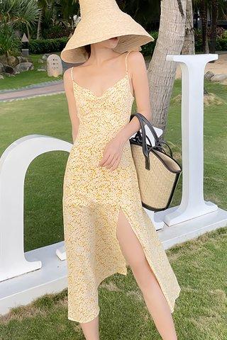 BACKORDER - Viane Disty Floral Dress